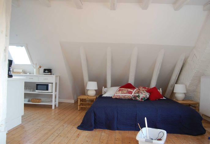 Ferienwohnung 2 Kornboden: Wohn- und Schlafzimmer