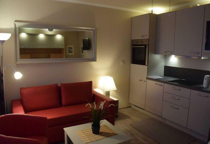 Sofa und Küchenzeile