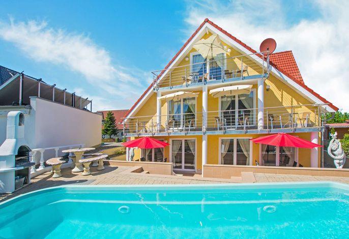 Villa Europa - Wohnungen mit Kamin und gemeinsamen Pool