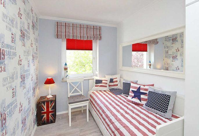 Schlafzimmer II mit Tandembett und Flatscreen-TV