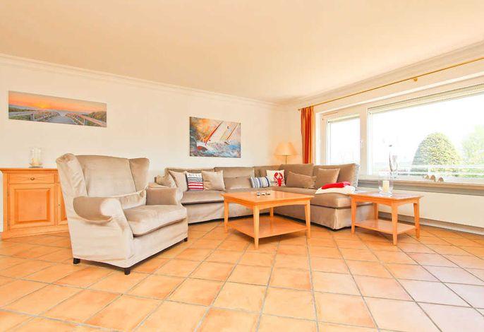 Couch-Garnitur im Wohnzimmer