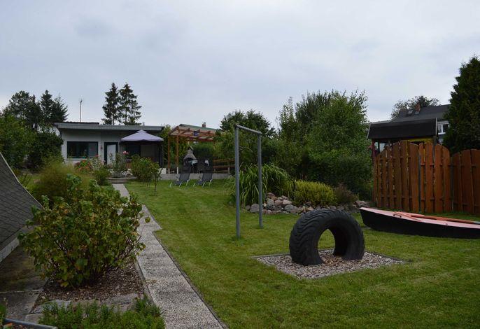 Ferienhaus Riepke - Ferienbungalow auf schönem Grundstück