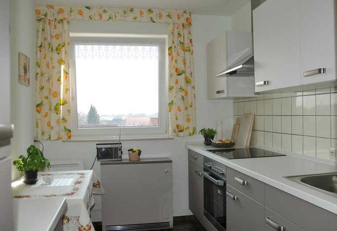 Blick auf die geschmackvoll eingerichtete Küche mit Allem was man sich wünscht