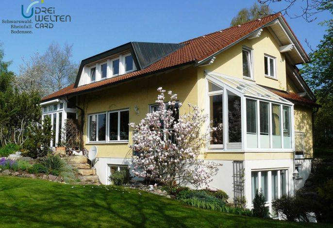 Haus Ahorn Süd- und Ostseite SOLEMAR täglich 3 h gratis