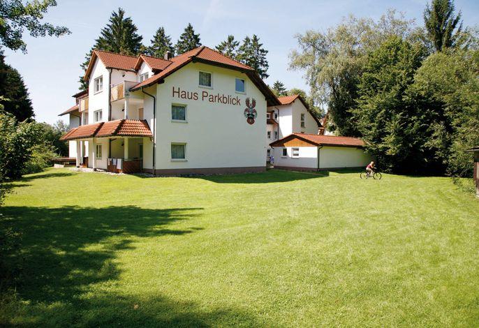 Parkblick an der Therme - Bad Dürrheim / Schwarzwald-Baar