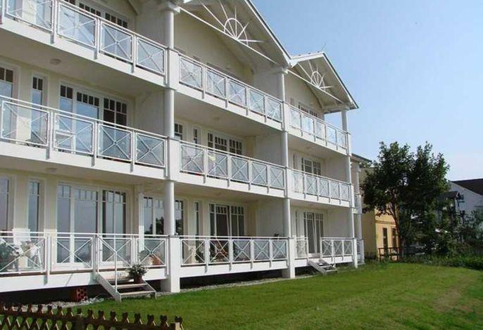 Villa Prinz Heinrich,  App. 3 - Meerblick pur!