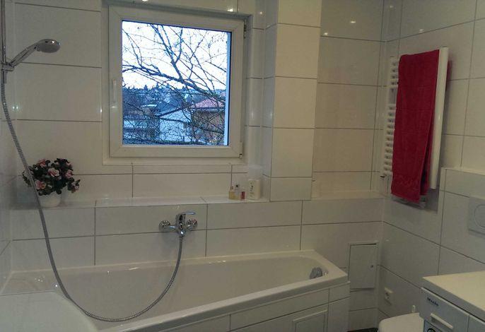 Badewanne, WC, Waschmaschine