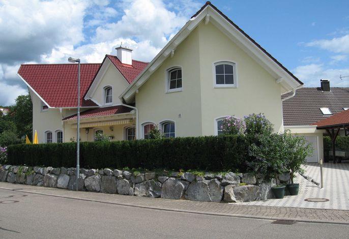 Ferienwohnung Kunst, Wohneinheit Vogesenblick & Schlossblick
