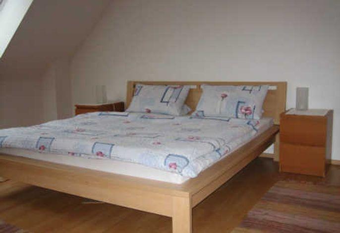 Fewo 70 qm - Schlafzimmer  OG