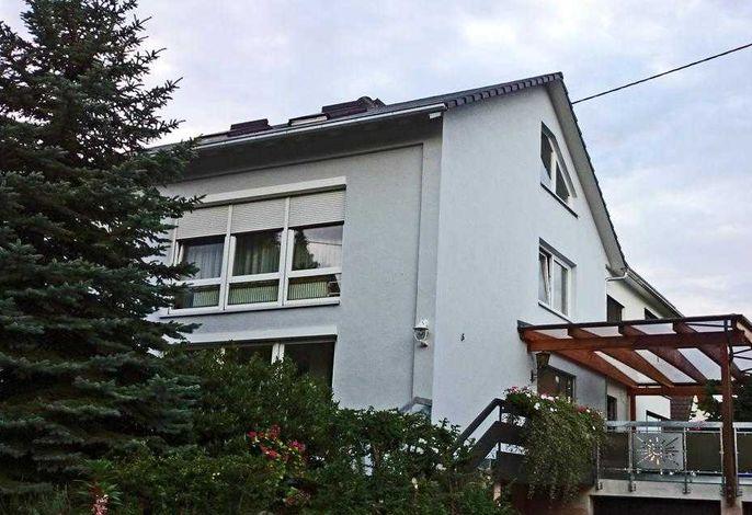 Haupthaus an der Ruschstraße - Wohnung Typ 4 im Dachgeschoss