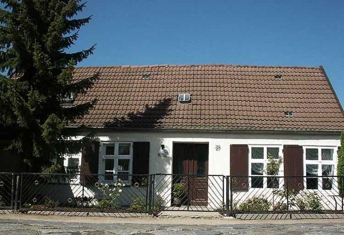 Unsere Alte Schmiede, Ihre Wohnung 3 ist das komplette, riesige Erdgeschoss dieses Zweifamilienhauses
