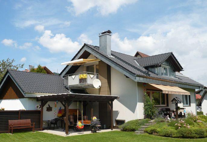 Sommerbild Haus