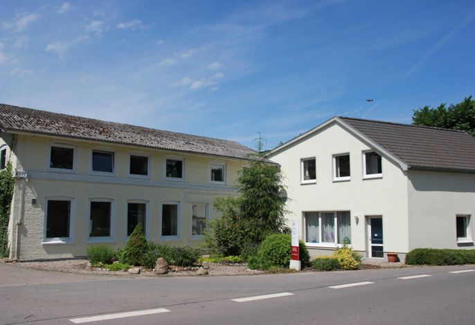 Ferienwohnungen in Rabenkirchen, S.Boettcher