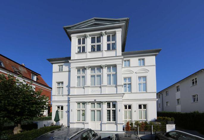 (Brise) Villa Berty