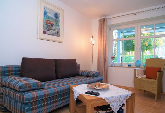 Das Wohnzimmer mit Couchgarnitur
