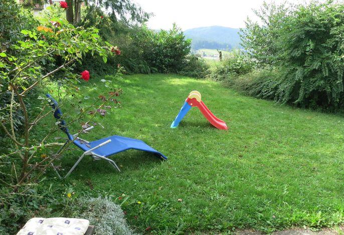 Spiel- und Liegewiese, Garten