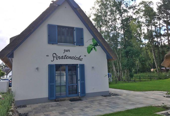 Glowe - Ferienhaus Zur Pirateneiche - RZV