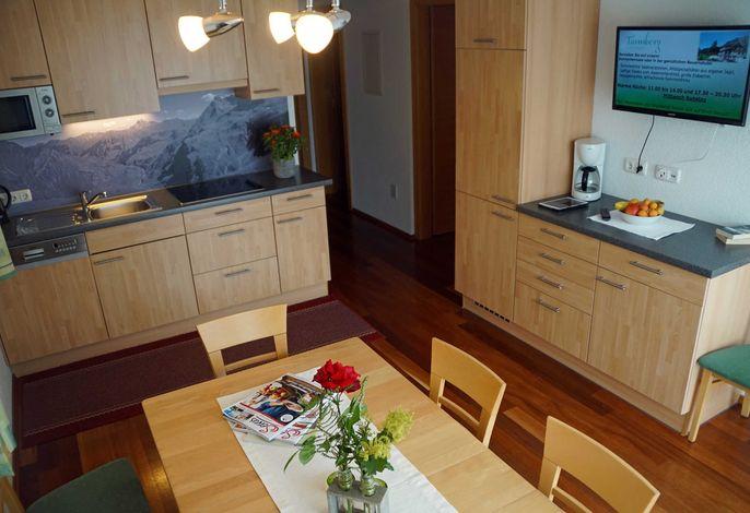 Wohnküche mit TV