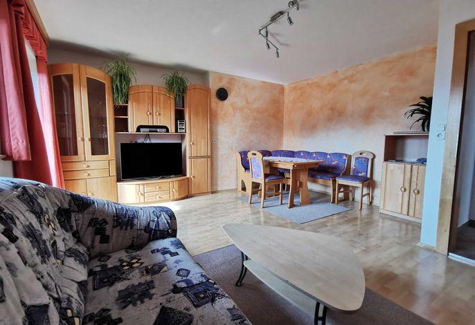 Haus Sonnegg Appartement Gratlspitzblick Wohnzimmer
