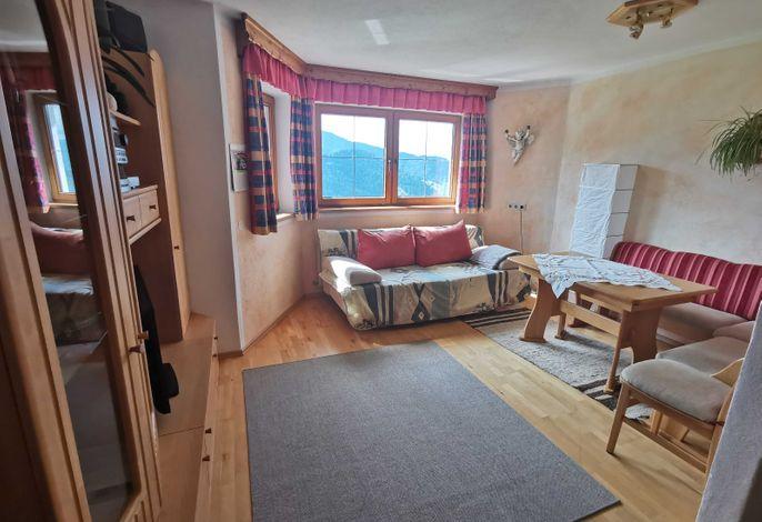 Haus Sonnegg Appartement Schatzbergblick Wohnraum