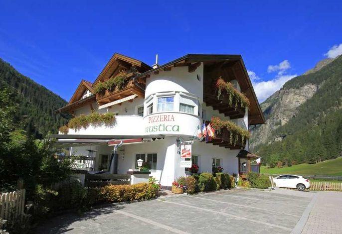 Apart Haus & Pizzeria Rustica