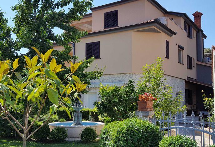 Apartments Ginkgo, Banjole - Pula