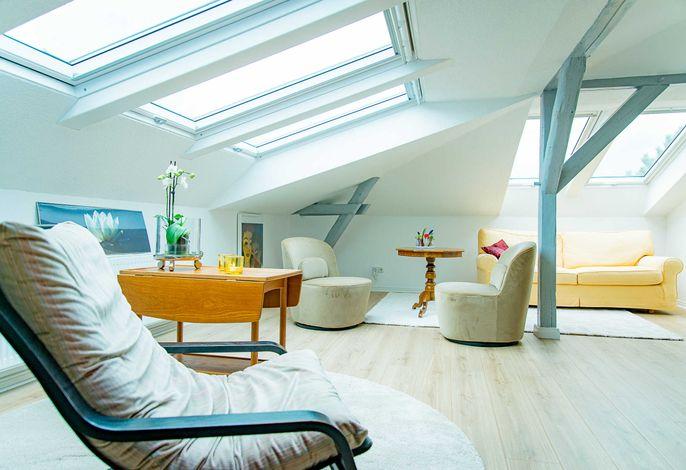 Wohn-/Schlafzimmer mit Smart/TV