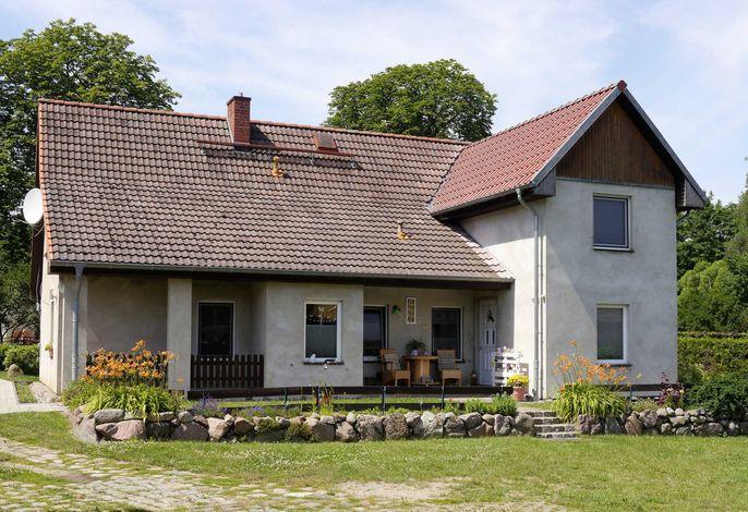 Ferienhaus mitten in der Natur, separater Eingang, Garten