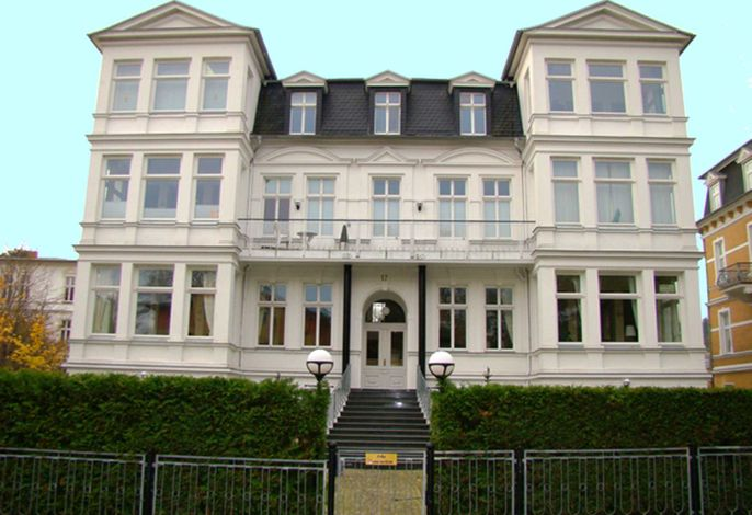 Villa Sonnenschein 5 **100m von der Ostsee entfernt**