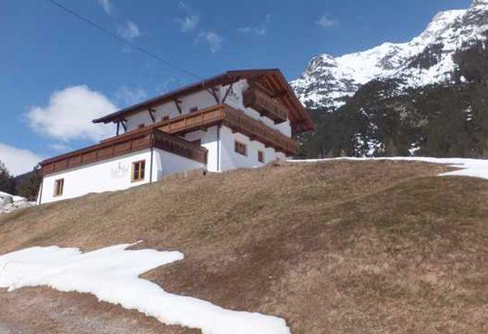 AdlerHof  Ferienwohnungen Leutasch  bei Seefeld/Tirol