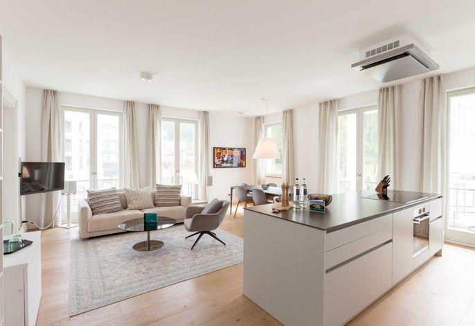 Offener Küchen-, Ess- und Wohnbereich