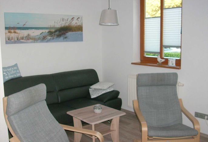 Offener Wohnbereich mit Couch