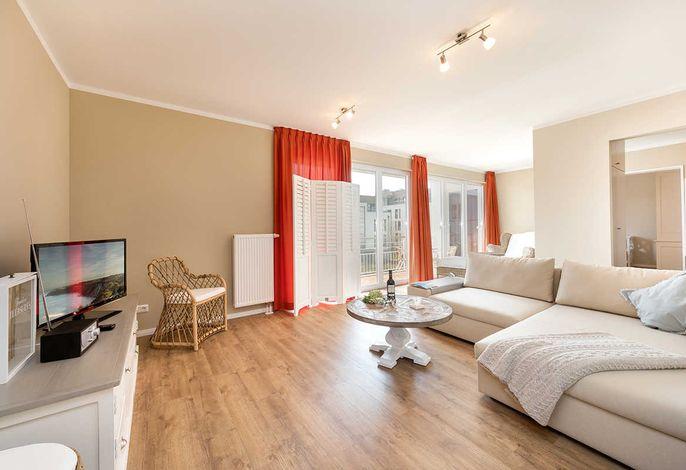 gemütliches Wohnzimmer mit Schlafcouch