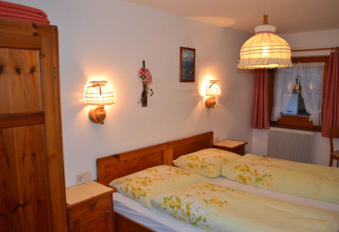 Doppelzimmer mit Dusche und WC - Landhaus Mayer