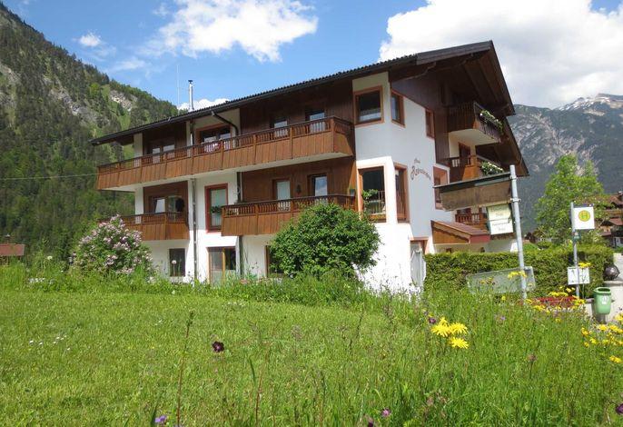 Achensee Apart Haus Regenbogen