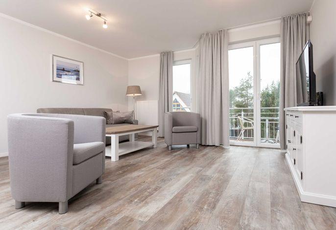 heller und frisch renovierter Wohnraum