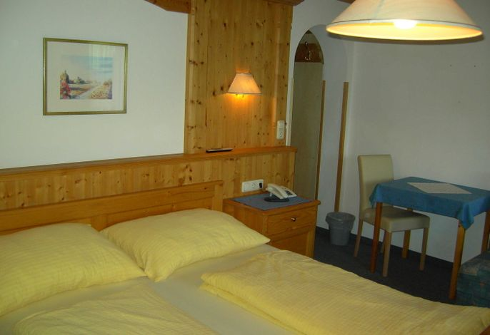 Dreibettzimmer Nr.9