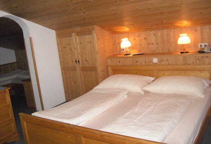 Mehrbettzimmer mit Kinderzimmer