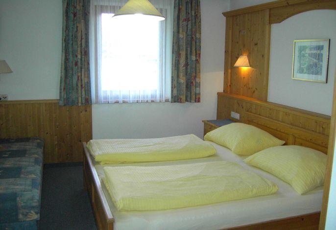 Mehrbettzimmer für 2 Erwachsene und 2 Kinder
