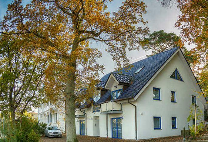 Haus Emsland by Altmann