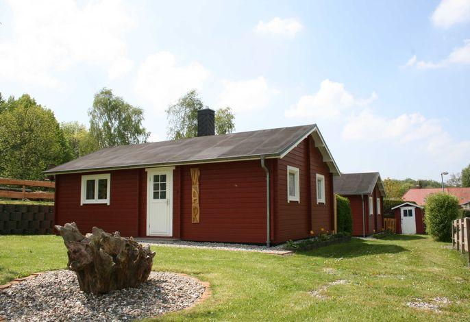 3-Raum-Blockhaus ,,Mar mit Kamin (49m², 4 Pers., tierfrei)