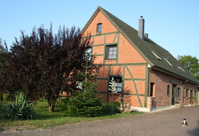 Landhaus San-Mar mit Fewo und Blockhäusern nahe Kühlungsborn