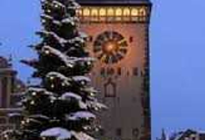 Fewo Domblick  mit historischen Innenhof