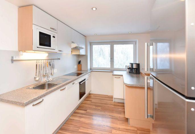 Appartement 101 Agnes für 8-10 Personen in Kappl Paznaun-Ischgl, Gemütliche Kueche mit reichlich Inventar und hochwertiger Ausstattung