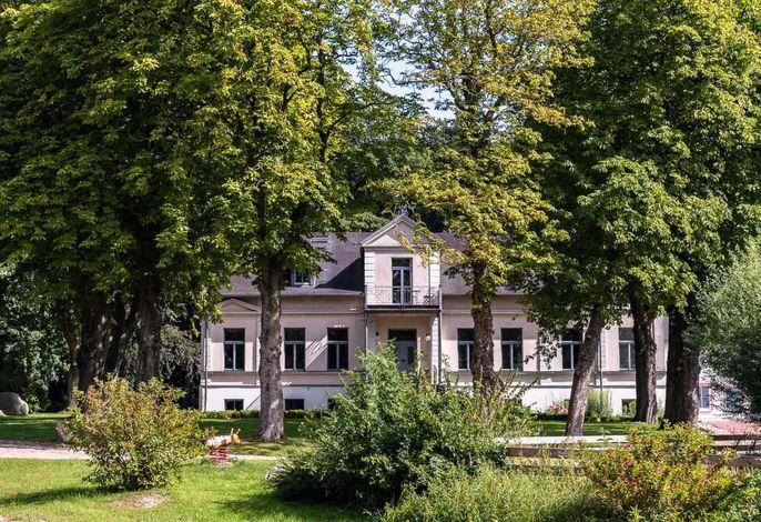 Gutshof Groß-Behnkenhagen