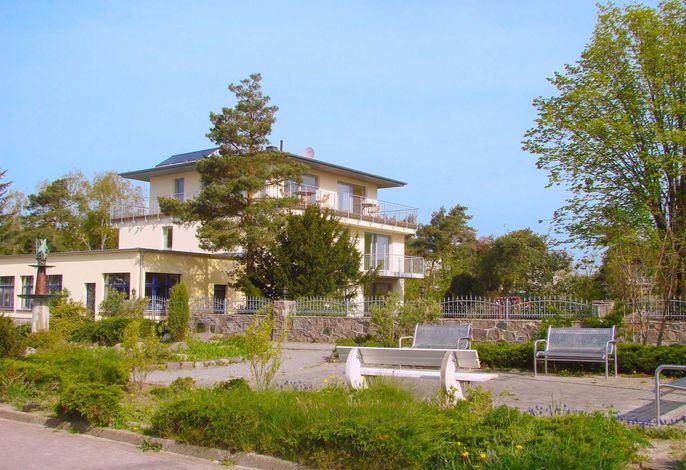 F-1072 Haus am Strand in Juliusruh