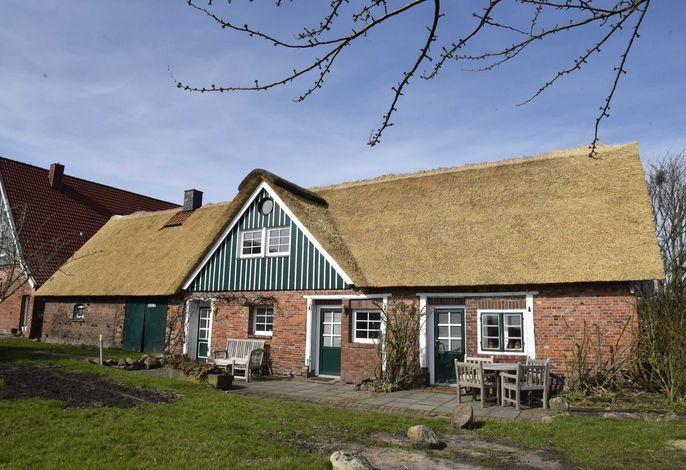 Im Dezember 2018 hat Ihr Haus ein komplett neuens Reetdach bekommen....echt norddeutsch!