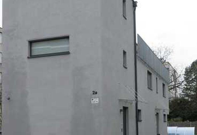 Room 4 Apartments