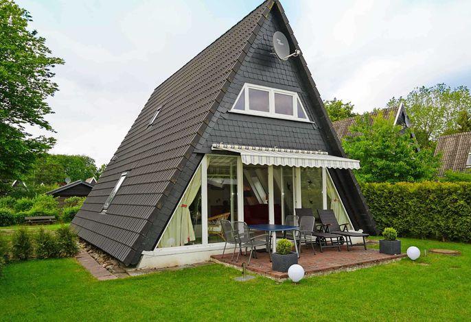 Zeltdachhaus in Strandnähe - mit Markise