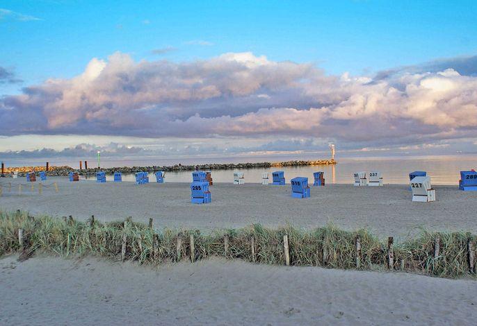 Blockhaus mit W-LAN - grosse Terrasse mit Strandkorb